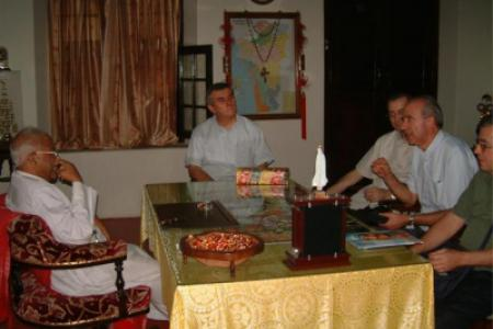 30 dicembre 2003:  visita al Card.  Vithayatil.