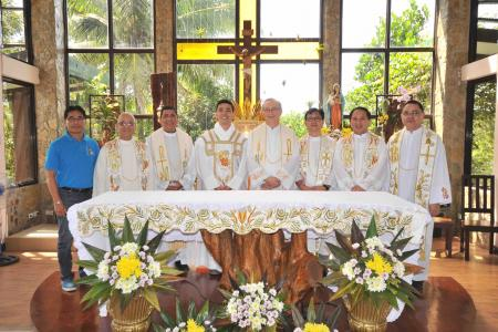 The new St. Matthew Provincial Council together with Fr. Rampazzo, Superior General, and Fr. Jose Maria Ezpeleta, Vicar General.