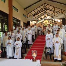 The Holy Eucharist on the second day was presided over by Bishop Reynaldo Evangelista of the Diocese of Imus where the Oasis of Prayer is located.