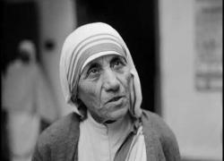 Embedded thumbnail for Intervista di P. Vito Magno a Madre Teresa poco prima della sua morte
