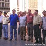 I magnifici 7 di fronte al Duomo di Firenze